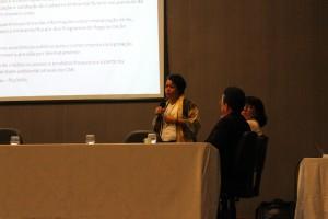 Milene Maia representou o Observatório do Código Florestal e trouxe a visão do CAR a nível nacional