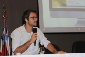 Rafael Freire apresentou a experiência de cadastrar pequenos proprietários no Litoral Sul